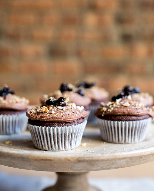 chocolate+cupcakes+++spiced+cherry+filling+++chocolate+ganache+-+what's+cooking+good+looking