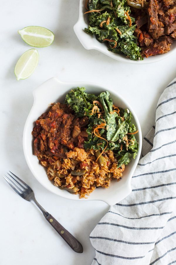 Spicy Seitan Sofrito Bowls | The Full Helping