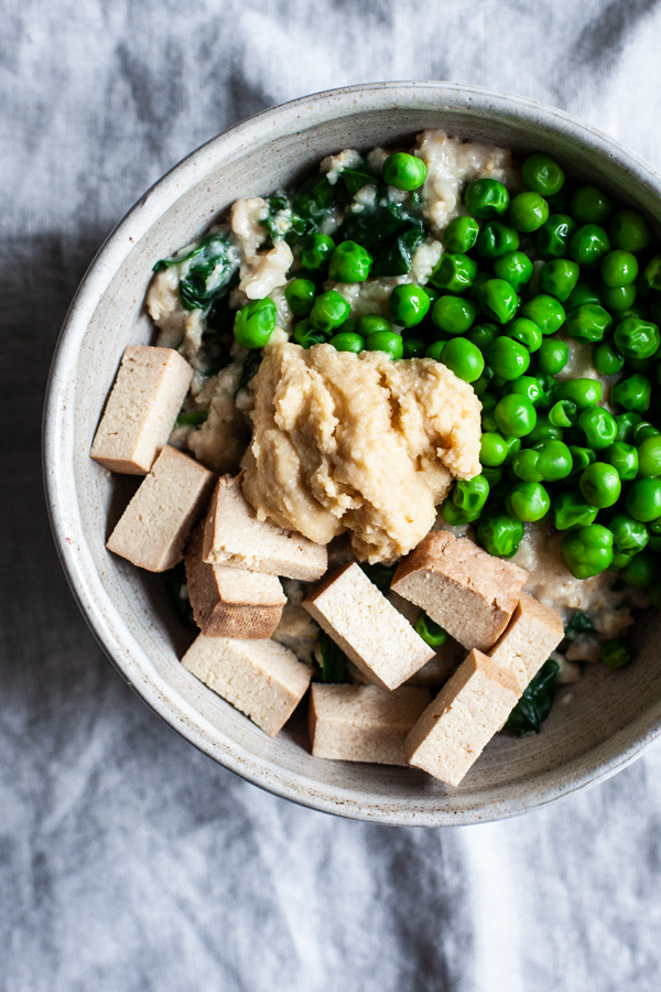Savory Spring Oats with Tofu, Spinach & Peas